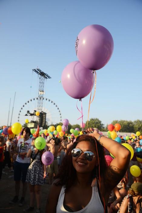 2a435-7girlwballon