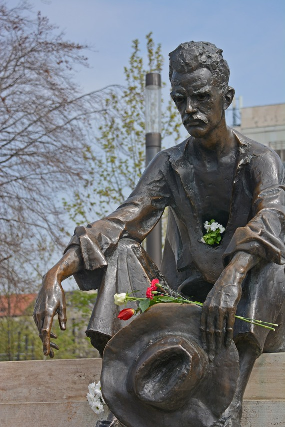 Flowers at József Attila's statue on his birthday