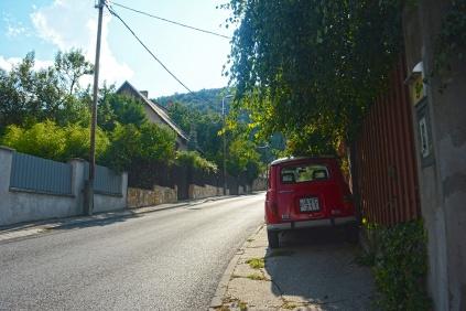 Sleepy suburb of Táborhegy in summer