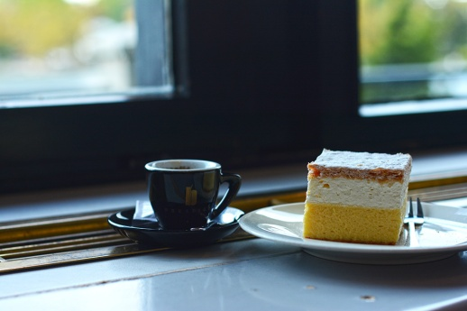 Coffee and cake in Bled