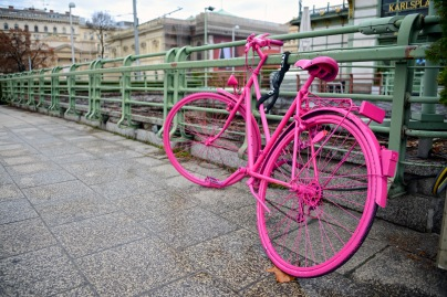 Pink bike on Karlsplatz