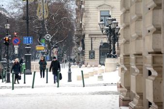 Snow on Andrássy avenue