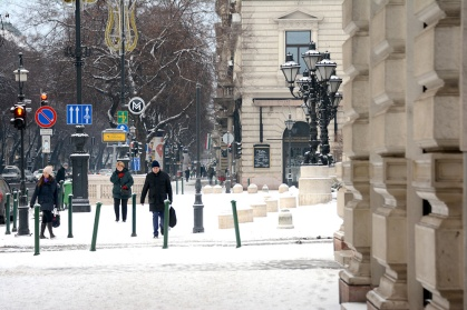 Snow on Andrássy avenue