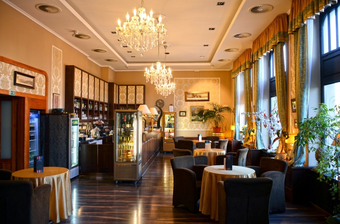 Erzsébet Királyné restaurant, Gödöllő