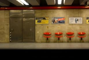 Árpád Híd station
