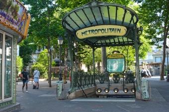 Hector Guimard's kiosk, Abbesses station