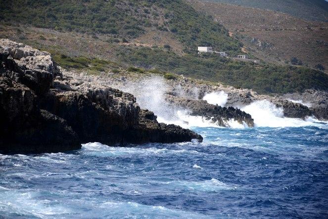 The super choppy sea