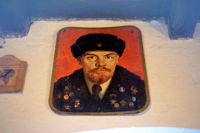 Etyek- Comrade Lenin is watching you