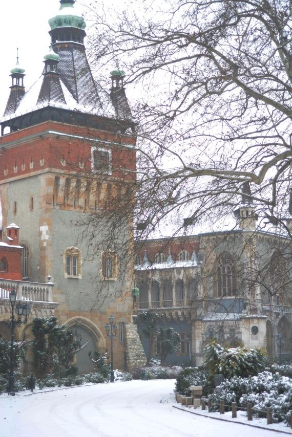 Snow in Városliget