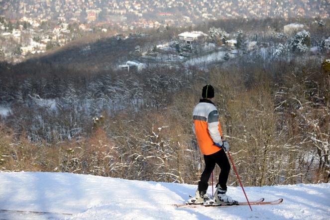 Winter at Normafa- Alpine sking practice