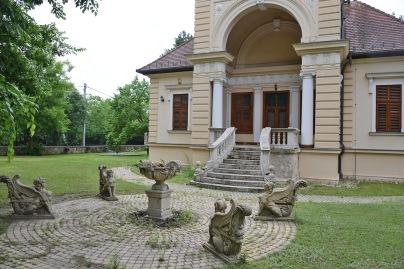 Paulheim built villa in Mátyásföld