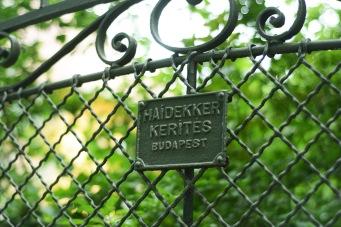 Classical Haidekker fence in Mátyásföld