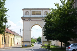 Vác- The Triumphal Arch