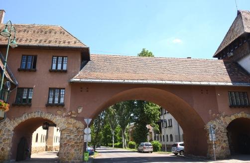 Wekerletelep- Kós Károly square