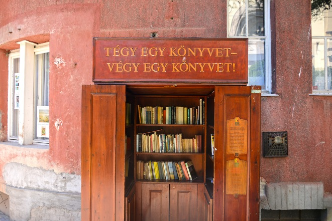 Book exchange booth on Kós Károly square
