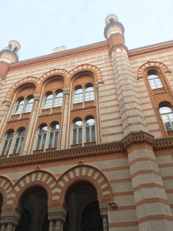 The Rumbach street synagogue.