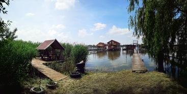 Floating village of Bokod