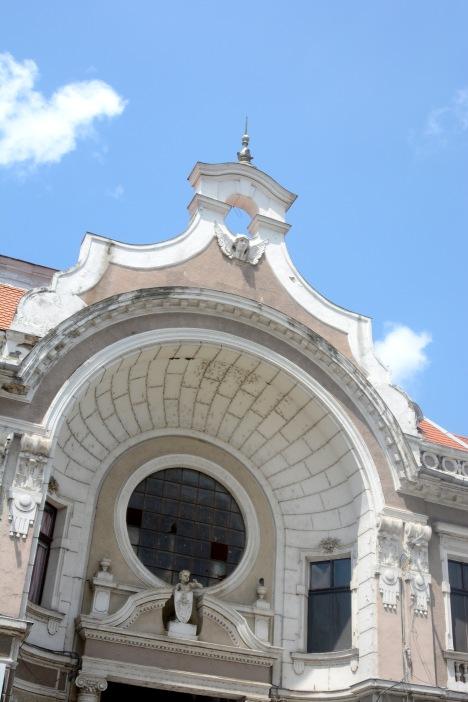 The building of the bazaar, Oradea
