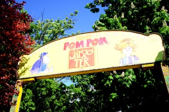 Pom Pom playground