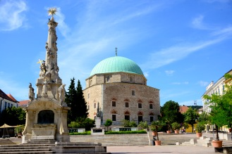 Downtown Candlemas Church of the Blessed Virgin Mary/Mosque of Pasha Qasim, Pécs