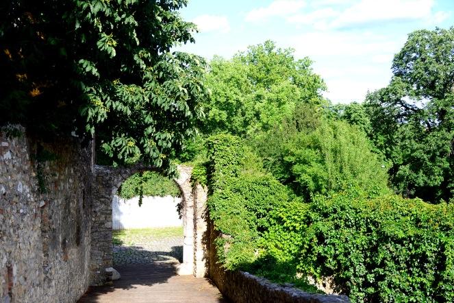 Barbakán Gardens, Pécs