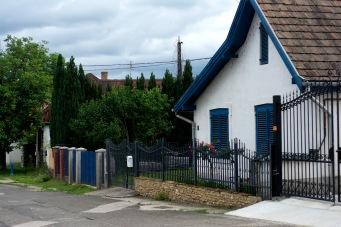 Zebegény- Sunflower Houses